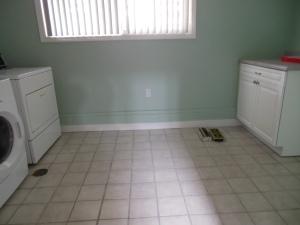 Kodinhoitohuone on isompi kuin mun ensimmäinen soluasunto.
